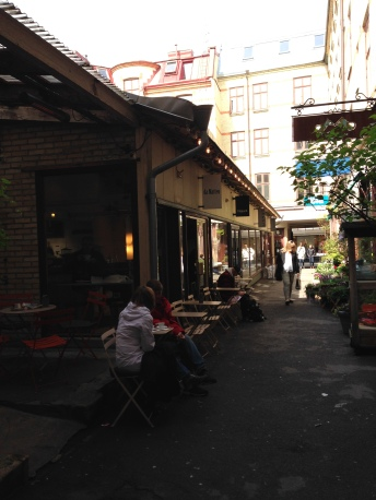 Coffee shop in the alley