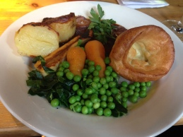 Finished off with some much needed Sunday roast in a pub